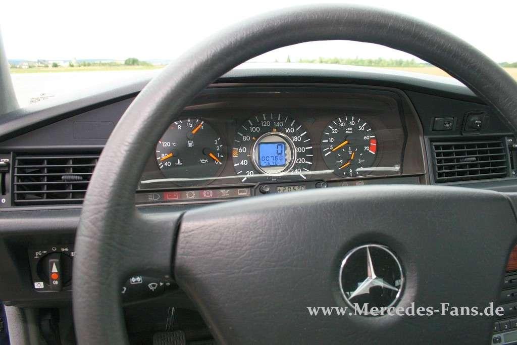Mercedes-Benz 190 D (W201) 250 CDI - AUTOCAR REGENERATION